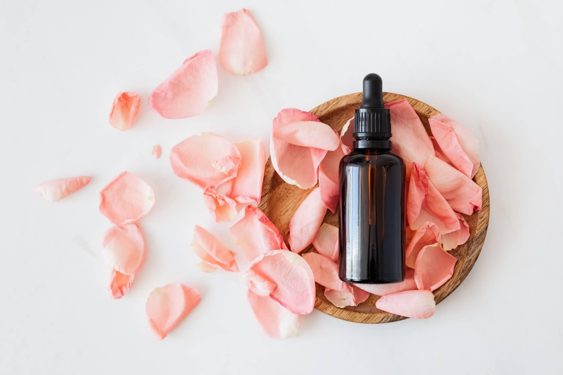 munku healing flower petals
